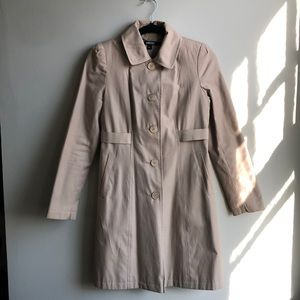 DKNY Trench / Rain Coat 🧥 with Ribbon 🎀 Back